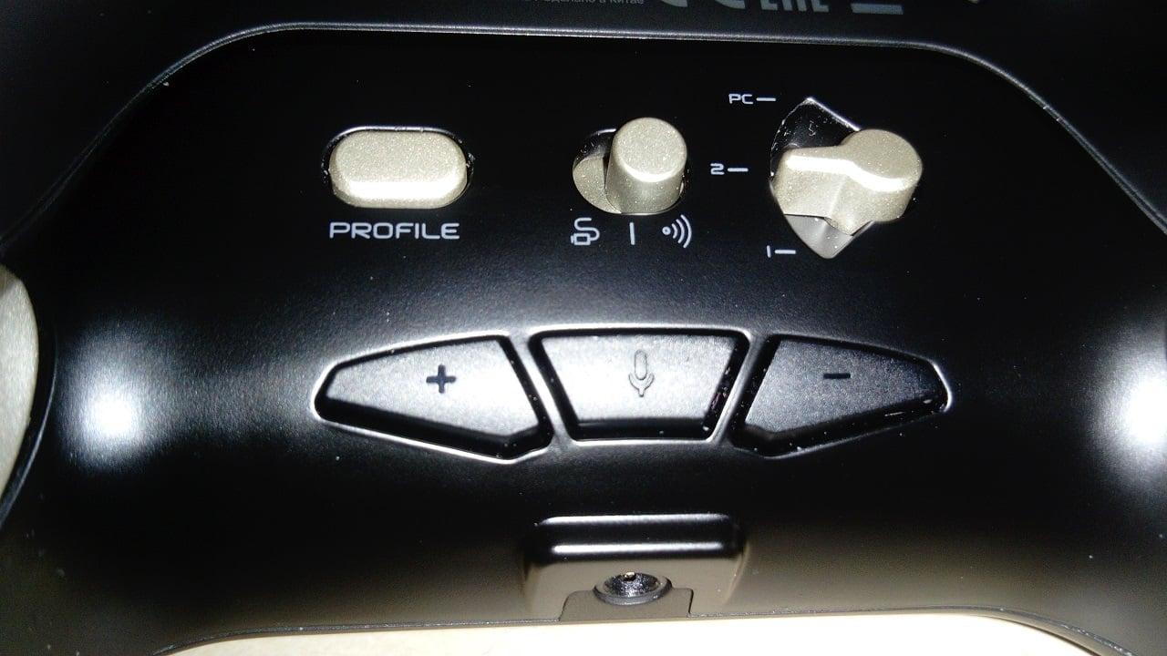 NACON Revolution Unlimited Pro Controller 5